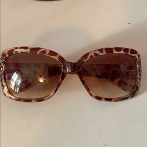 Tortoise Steve Madden Square Sunglasses